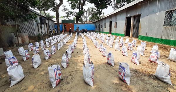 ঝিনাইগাতীতে ২৫০ পরিবার পেল খাদ্যসামগ্রী